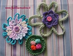 crochet flowers pins