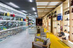 MUNICH store by CuldeSac™, Barcelona – Spain » Retail Design Blog