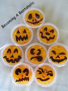Becoming A Bentoholic: Snack for preschool's Boo Bash/ this is cute i could do this for the girls school snack in October