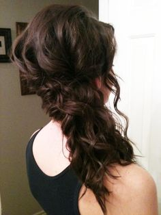 i did jensens hair! great spiral curls to the side.