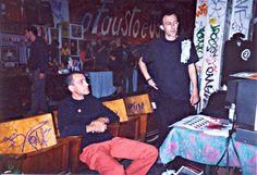 H.I.U 7° edizione Milano 18, 19, 20 Maggio 2001 Leoncavallo nella foto da sinistra Kazousko Kegiz e Chicco Aiello aka Prog
