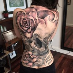 Skull & Roses Back Tattoo
