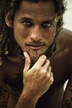 tan and dreads! I would be stranded on an island with him.