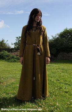 A Birch coloured woolen Viking dress based on the interpretation of the Hedeby neck-line fabric. http://historicalrecreations.blogspot.ie/2013/07/birch-woolen-overdress.html