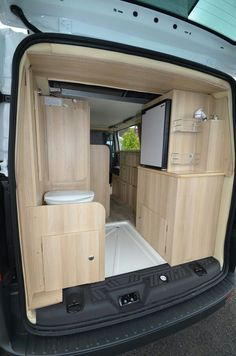 Whether you are searching for inspiration for a trailer that you're working on, or ideas for you home, prepare for an incredible project avalanche. There are a lot of design ideas in the post bathroom remodelers that you're able to… Continue Reading → Auto Camping, Van Camping, Sprinter Van Conversion, Camper Van Conversion Diy, Ducato Camper, Kangoo Camper, T3 Vw, Vw Lt, Kombi Home