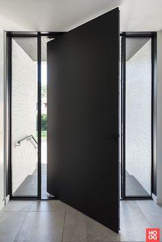Modern Entrance Door, Modern Front Door, House Entrance, Entrance Doors, Sliding Door Design, Main Door Design, Front Door Design, Grey Front Doors, Beautiful Front Doors