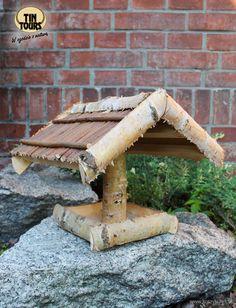 Ptaki w ogrodzie zimową porą. http://domomator.pl/ptaki-w-ogrodzie-zimowa-pora/