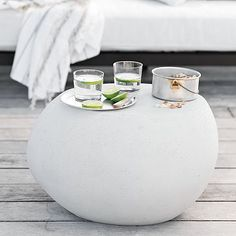 Versatile pebble side table