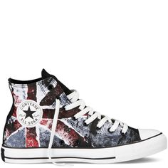 Canada Converse Converse Chuck Taylor Flag Sneakers - ROCK THE ANTHEM. Flag screen print takes the iconic Chuck Taylor sneaker back to its gritty roots in Rock & Roll. Design Your Own Converse, Style Converse, Converse Sneakers, Converse Fashion, Converse High, Converse Chuck Taylor All Star, Converse All Star, Chuck Taylor Sneakers, Galaxy Converse