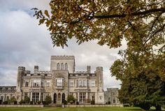 An amazing Ashridge House wedding: Katie and Grant's countryside is full of perfect wedding inspiration.
