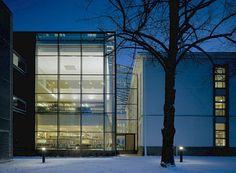 Vaasa City Library, Vaasa, Finland - Lahdelma & Mahlamäki Architects Multipurpose Hall, City Library, Public Service, Finland, Architects, Old Things, Building, Buildings, Building Homes