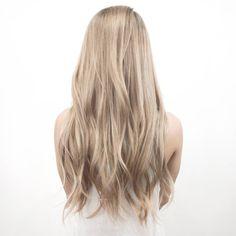 "Polubienia: 1,117, komentarze: 18 – james miju (@dearmiju) na Instagramie: "" BEIGE BLONDE (Asian hair no extensions) #mijuvansalon #dearmijuhair"""