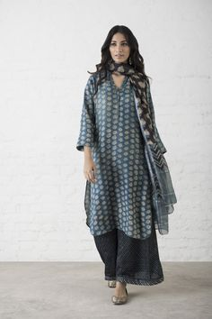 ensemble-4 Indian Attire, Indian Ethnic Wear, Indian Dresses, Indian Outfits, Quoi Porter, Indian Couture, Kurta Designs, India Fashion, Indian Designer Wear