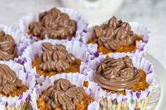 Briose glazurate cu cacao Desserts, Food, Tailgate Desserts, Deserts, Essen, Postres, Meals, Dessert, Yemek