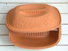 Alles over brood bakken in de Römertopf Clay Pots, Butter Dish, Bread Baking, Bread Recipes, Cooking Tips, Food To Make, Bakery, Household, Good Food