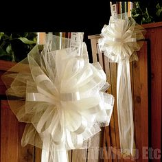 Ivory Tulle Pew Bows