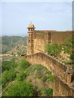 Jaigarh Fort Jaipur Rajasthan India | Tourist attraction India | Book India Tour today
