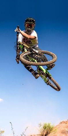 For more great pics, follow bikeengines.com  #mountain #biking #jump