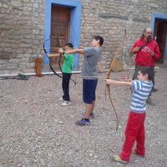 La #arquería desde la #Prehistoria. Tiro con arco ¡Destino Recomendado! #TurismoCultural #EscapadaCultural #BajoAragón @aragonturismo @Vidaprimitiva @dpteruel
