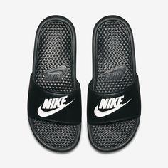 756af89c1bf5 Nike Benassi Slide - M 8   W 9.5 Nike Slides Mens