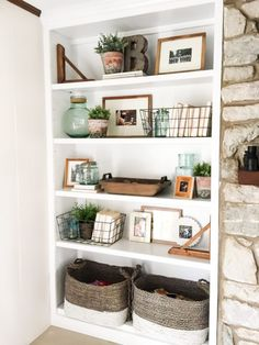 Home Decoration Rustic How to Style Open Shelves: 3 Tips for an Uncluttered Look.Home Decoration Rustic How to Style Open Shelves: 3 Tips for an Uncluttered Look Living Room With Fireplace, Home Living Room, Shelf Ideas For Living Room, Built In Shelves Living Room, Bookshelves In Living Room, Bedroom Bookshelf, Bookcases, Living Area, Living Room Update