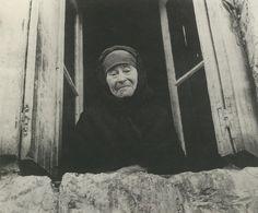 Βούλα Παπαϊωάννου (51) Old Faces, Athens Greece, Conceptual Art, Old Photos, Street Photography, Traveling By Yourself, Past, Mona Lisa, Fine Art