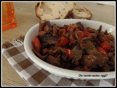 Melanzane con pomodorini ed olive nere: un contorno buonissimo che adoro fare soprattutto in questa stagione
