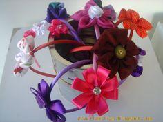 Arteirices da Dru: 3 de Setembro - Flores de Tecido em Tiarinhas