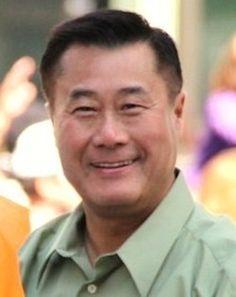 Leland Yee: Anti-gun state senator arrested in conspiracy to traffic firearms