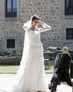 Vestido de novia de Leticia, de clara inspiración años 20 y romántico. Perfecto para ella!. Beatriz Alvaro novias. Alta Costura Madrid