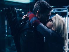 Oliver and Felicity - Still Falling For You Arrow Felicity, Arrow Oliver And Felicity, Arrow Show, Team Arrow, Still Falling For You, Dc Comics, Arrow Cast, Stephen Amell Arrow, Dc Tv Shows