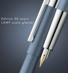 LAMY SCALA GLACIER Fountain Pen Drawing, Fountain Pen Ink, Caligraphy Pen, Pen Design, Layout Design, Stationery Pens, Rollerball Pen, Pen And Paper, Writing Instruments