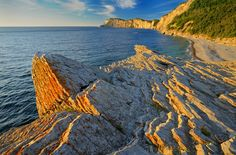 Explore all that the Gaspe Peninsula has to offer including a rugged shoreline, charming coastal towns, and a friendly French culture. Backpacking Canada, Canada Travel, Canada Holiday, Visit Canada, Quebec, Where To Go, Travel Destinations, Girls Trips, Canadian Horse