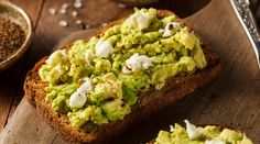 9 quick and easy toast toppings Best Vegan Recipes, Healthy Recipes, Healthy Cooking, Healthy Eating, Stay Healthy, Camping Breakfast, Breakfast For Kids, Breakfast Recipes, Paleo Diet Meal Plan