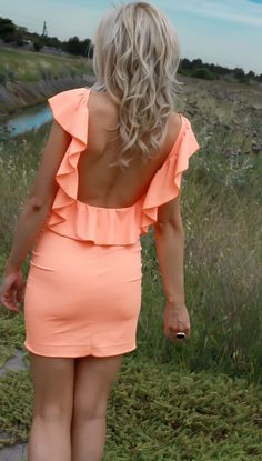 LOVE the color and the back of the dress!