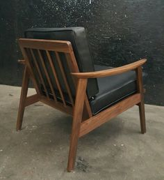 $600-Mid Century Danish Sculptural Lounge Chair by TDFurniture on Etsy Natural Wood Furniture, Urban Furniture, Vintage Furniture, Mid Century Chair, Mid Century Furniture, White Couch Decor, Danish Chair, Cocktail Chair, Scandinavian Furniture