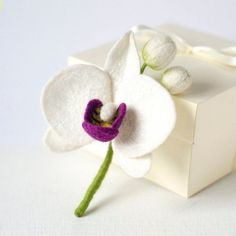 White orchid brooch White flower brooch Birthday gift idea for woman Felted orchid pin Orchid flower pin White flower jewelry Floral brooch - Products - Diy Arts And Crafts, Felt Crafts, Mini Orquideas, Gifts For Women, Gifts For Her, Christmas Gifts For Wife, White Orchids, Flower Brooch, Brooch Pin
