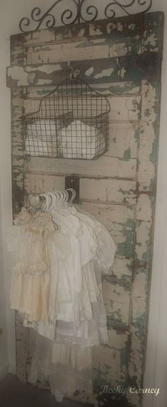Spread the Home Decoration Organization and Storage Tips great display on an old door {chippy paint, doors, vintage} The Best of shabby chic in Clothing Displays, Clothing Ideas, Vintage Doors, Vintage Door Decor, Vintage Display, Vintage Store Displays, Old Doors, Looks Vintage, Wooden Doors