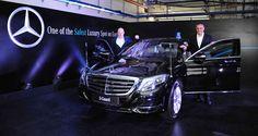 Donald-Trump-Mercedes-Benz-S600-guard