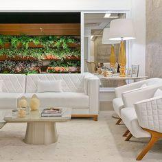 Começando a Sexta com essa inspiração linda via: @decorandoacasaeavida  SNAP: Decoredecor Photo: Fellipe Lima Project: Daiana Capuci  ARCHITECTURE | INTERIORS | LIVING