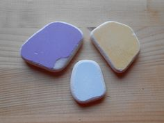 Genuine Sea pottery, beach pottery,clear sea pottery, purple,pale blue,pale yellow, art,crafting, jewelry,collectible  3 pieces   lotto175 di lepropostedimari su Etsy