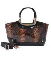 Animal print bag Printed Bags, Snake Skin, Women Accessories, Handbags, Animal, Lady, Shoes, Style, Fashion