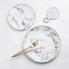 Clubhomer Nordic style ceramic gold marble stone western plate salad plate home steak dish dessert plate dining table set plate - Flatware Type: Flatware Kitchen Dining Sets, Smeg Kitchen, Kitchen Dishes, Buy Kitchen, Kitchen Stuff, Kitchen Tools, Dining Table, Artificial Marble, Steak Dishes