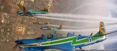 Lá do alto: vídeo mostra manobras da Esquadrilha da Fumaça a partir de câmeras instaladas nos aviões - http://noticiasembrasilia.com.br/noticias-distrito-federal-cidade-brasilia/2015/09/09/la-do-alto-video-mostra-manobras-da-esquadrilha-da-fumaca-a-partir-de-cameras-instaladas-nos-avioes/