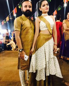 Garba Dress, Navratri Dress, Lehnga Dress, Lehenga Choli, Choli Designs, Kurta Designs, Blouse Designs, Bridal Mehndi Dresses, Matching Couple Outfits