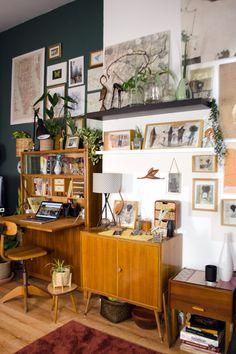 Tolle Mid-century Modern Möbel, Antikes und Vintage-Möbel nachhaltig shoppen. Wo finde ich ausgefallene Stücke und worauf muss ich achten? Tolle Deko, schöne Möbel und alles für dein nachhaltiges und schönes Heim. Hier gibt's super Tipps! [unbezahlte werbung] #sustainableliving #nachhaltig #sustainable #nachhaltigeinrichten #möbelshoppen #etsy #midcenturycabinet #sekretär #altbau #loftliving