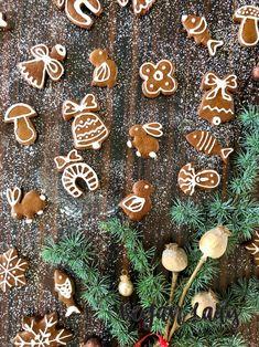 Vianočné medovníčky z celozrnnej múky a včelieho medu - Vegan Lady Vegan, Baking, Lady, Bakken, Vegans, Backen, Sweets, Pastries, Roast