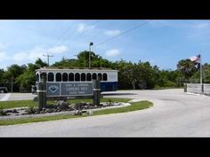 Fort Myers Beach Trolley, one of the best ways to get around Fort Myers Beach.  #FortMyersBeach
