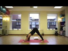 ▶ 20 Minute Post Natal Yoga Class - YouTube