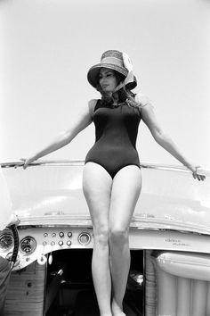 "Sophia Loren 1960 (HarpersBazaar 2016-10-19 ""Reliving the Italian icon's most glamorous looks"") 14/48"